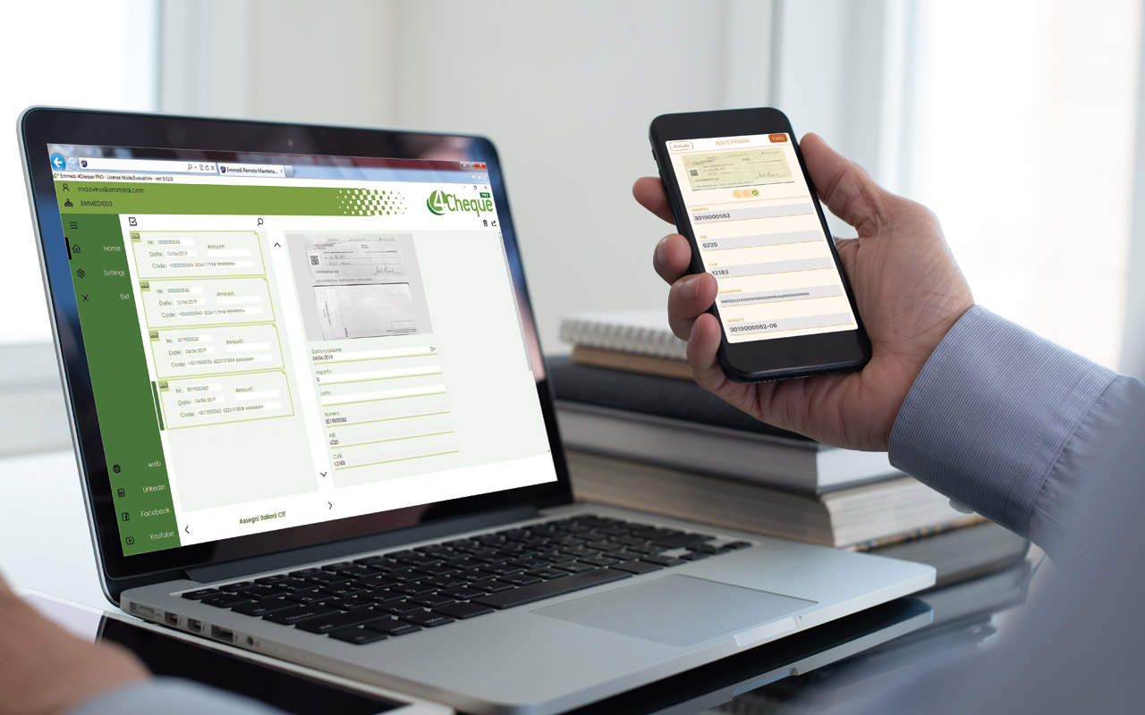 Manage your documents both from desktop and mobile